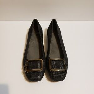 Stuart Weitzman plaid flats  8M made in Spain